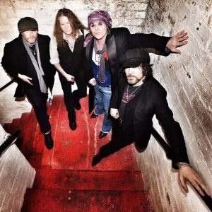 The Quireboys + Pölisong en Vitoria